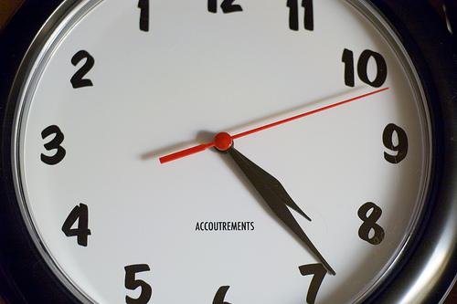 lefty clock