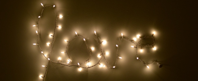 love-christmas-lights