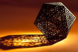 screened_icosahedron-1800x1200