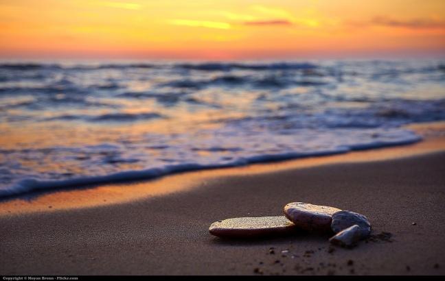 stone-on-beach